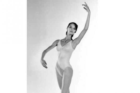Анастасия Волочкова удивила поклонников архивным фото