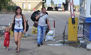 """Украинский чиновник назвал """"дебильноватыми"""" переселенцев из Донбасса"""