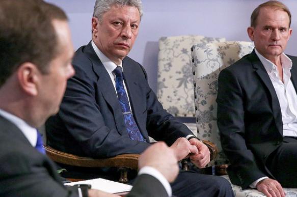 Медведев провел встречу с Бойко и Медведчуком в Москве