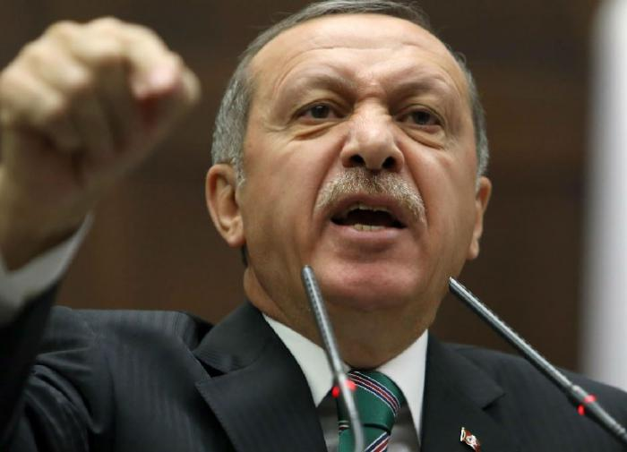 Эрдоган назвал европейских лидеров во главе с Макроном фашистами