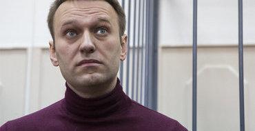 """Экс-волонтер Навального: """"Роспил"""" подделывал данные соцпросов"""