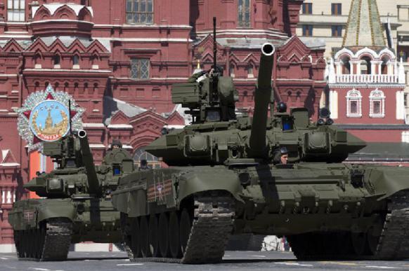 Пенсионер из Сербии пешком идет в Москву на парад 9 мая