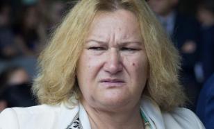 Осунувшаяся Батурина устроила уголок памяти Лужкова в Москве