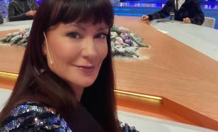 Нонна Гришаева оседлала крокодила