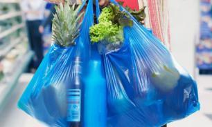 Депутат Мособлдумы предлагает запретить магазинам выдавать бесплатные пакеты