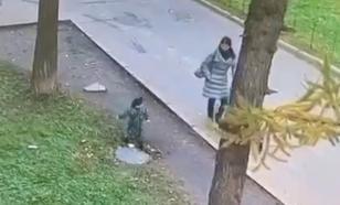 В Калининграде удалось спасти ребенка после падения в люк
