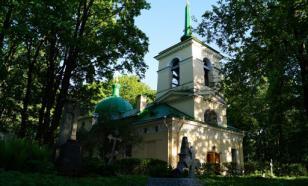 Из петербургского храма украли ювелирные изделия