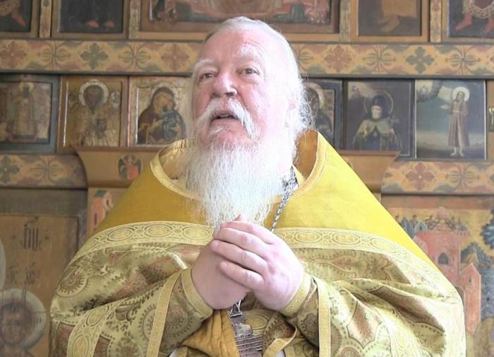 В РПЦ назвали причину смерти протоиерея Димитрия Смирнова
