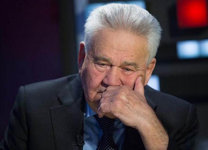 Экс-премьер Украины заявил, что Россия не воюет с Украиной и был уволен