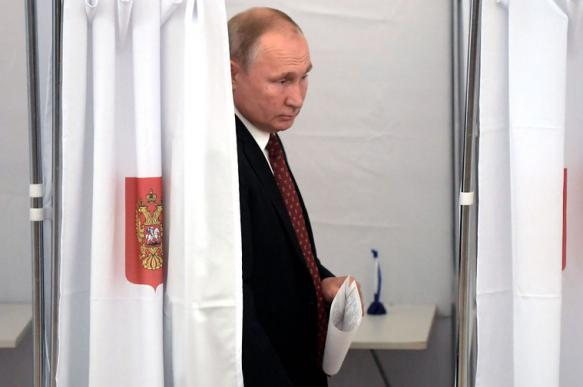 Путин проголосовал на выборах в Мосгордуму