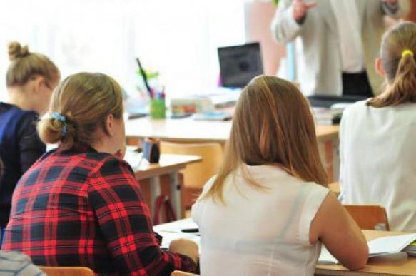 Психолог: как предотвратить нападение подростков на учителей?
