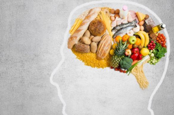 Стали известны самые полезные и вредные продукты для мозга