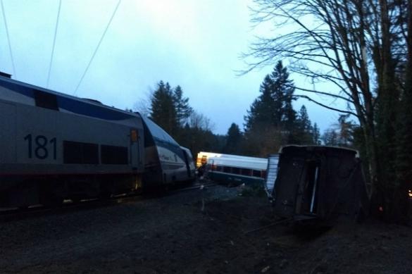 Трамп увидел в гибели пассажиров поезда плюс для своей реформы