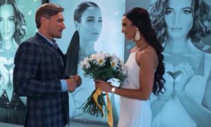Шоу закончилось поцелуем: Бузова приняла предложение Лебедева