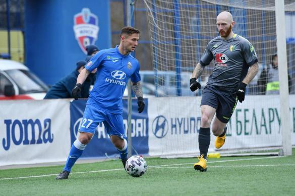 Футбол и пандемия: играли в Германии, Белоруссии и на Фарерах