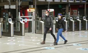 Жителям Парижа раздадут бесплатно многоразовые маски