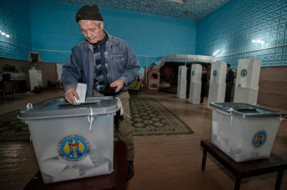 Молдавию ждет второй тур президентских выборов