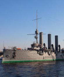 """История """"Авроры"""": от дозорного до крейсера революции"""