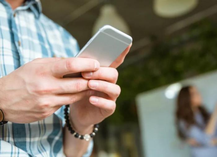 О недостатках телефонов с двумя SIM-картами рассказал эксперт