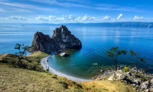 Специалист РАН: вода на мелководье Байкала загрязнена и непригодна для питья