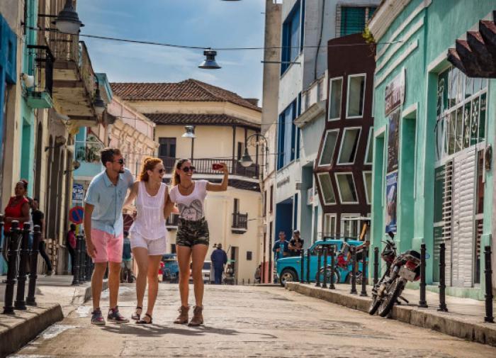 Российских туристов не пустят на Кубу без тестов на COVID-19