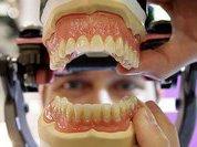 Зубная щетка и паста спасают от слабоумия и болезней сердца