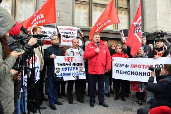 В Тольятти четверо депутатов-коммунистов оказались за чертой бедности