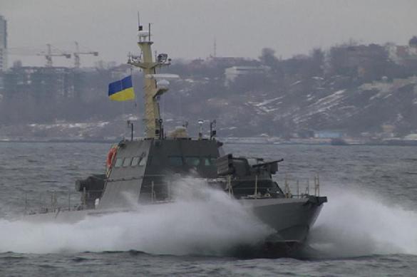 Министр обороны Украины пообещал продолжить пользоваться Керченским проливом