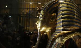 Ученые объяснили происхождение пятен в гробнице Тутанхамона
