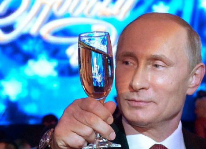 Социолог раскритиковала выходной 31 декабря для россиян