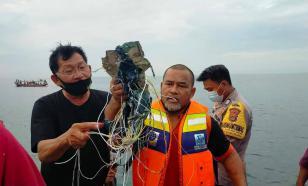 Власти Индонезии признали факт крушения пассажирского самолёта