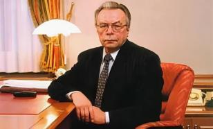 ПОСЧИТАЛИ     — ПРОСЛЕЗИЛИСЬ     Вениамин Соколов нашел в лице Джеффри Сакса     неожиданного союзника