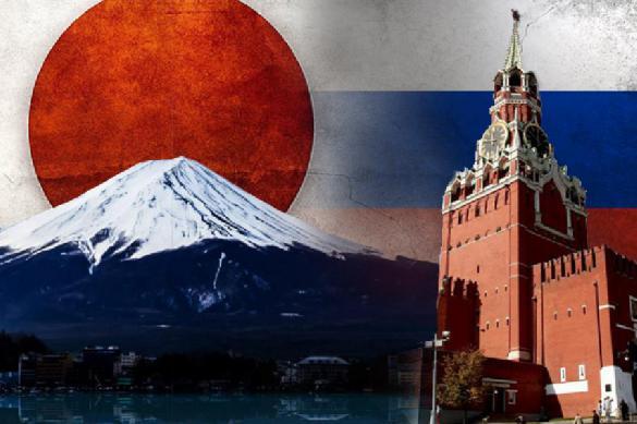 """Абэ едет к Путину: """"Забираем два острова и подписываем мир"""""""
