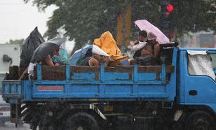 """Над Окинавой бушует тайфун """"Гони"""": есть пострадавшие"""