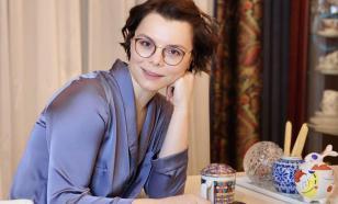 Евгений Петросян одарил жену ювелирным украшением