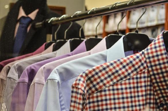 Продажи одежды в России упали на 90%