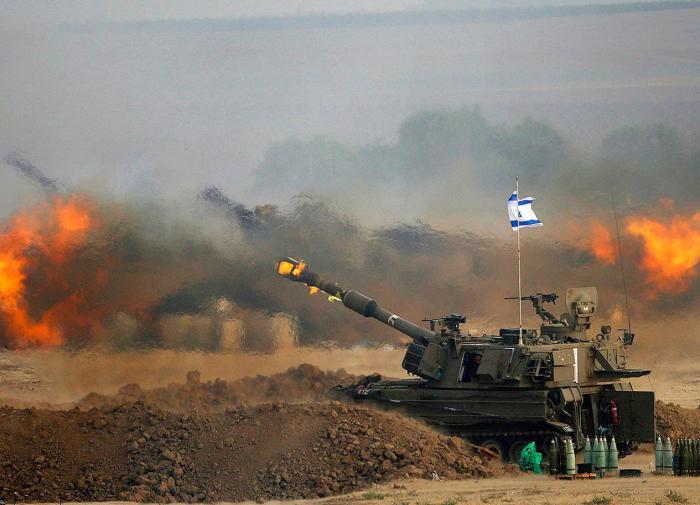 Армия Израиля атаковала сектор Газа на земле и с воздуха