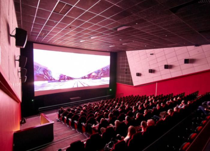 Какие фильмы предлагают зрителю кинотеатры в мае