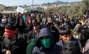 На греческой границе расширят программы помощи мигрантам