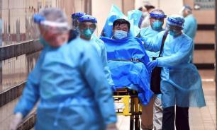 Власти Китая направили в Ухань 1400 военных медиков