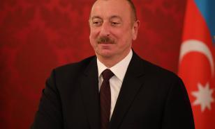 Опубликовано видео, как Алиев въехал в Карабах на броневике