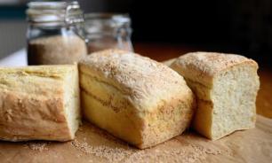 Учительница с помощью хлеба доказала важность мытья рук