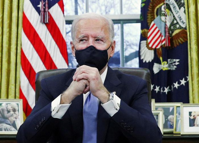 АЗИЯТВ: Джо Байден объявил овведении карантина для прибывающих вСША