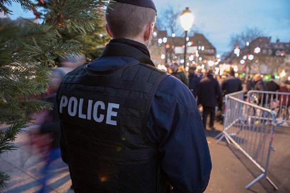 Французский спецназ поставил на колени протестовавших школьников