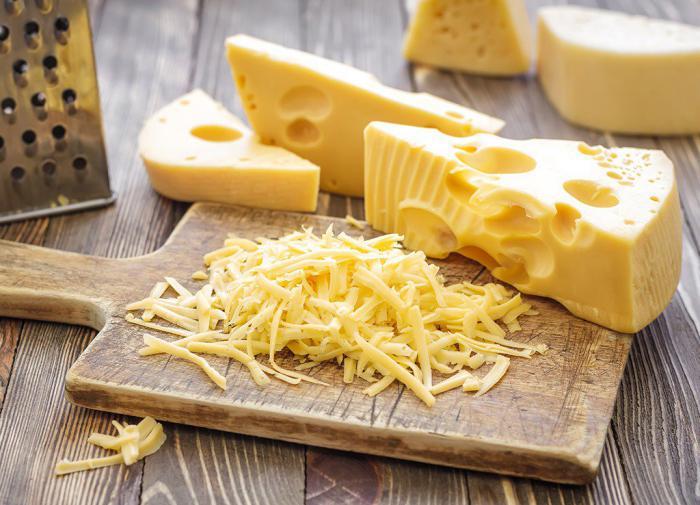Сыр признан самым полезным молочным продуктом
