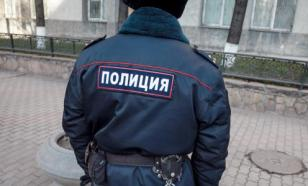 В квартире на севере Москвы неизвестный угрожает открыть стрельбу