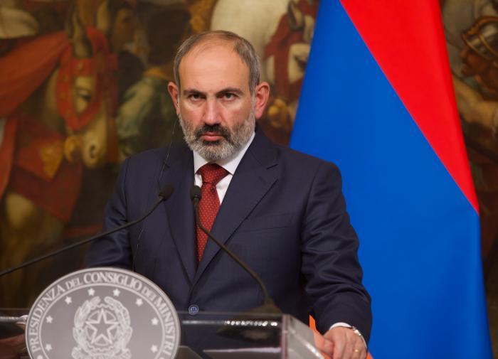 Кризис в Армении: военные требуют отставки Пашиняна и правительства