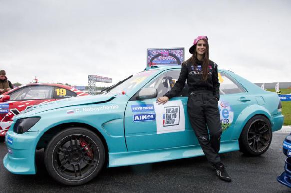 Россиянка станет первой женщиной-участницей ралли в Омане