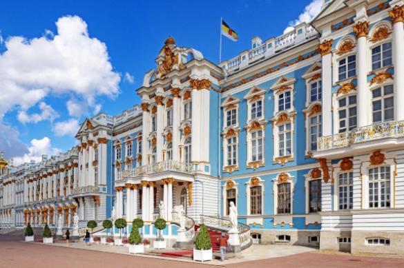 На майские праздники большинство россиян хотели поехать в Петербург