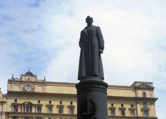 Депутаты Мосгордумы о восстановлении памятника Дзержинскому